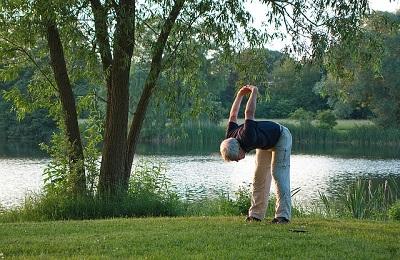 高齢者におすすめの体操スロートレーニング 運動で筋肉を鍛えて転倒・ロコモ予防