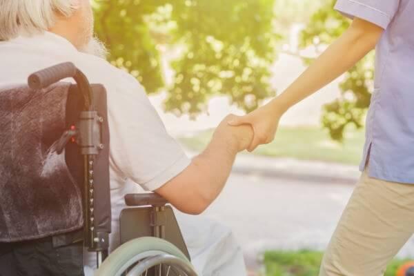 介護福祉事業の窮境分析と再建支援における視座(前編)